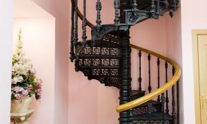 Мещанский ЗАГС - лестница